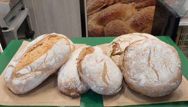 """Panadería y pastelería """"La Deliciosa"""" - Mercat Pere Garau"""